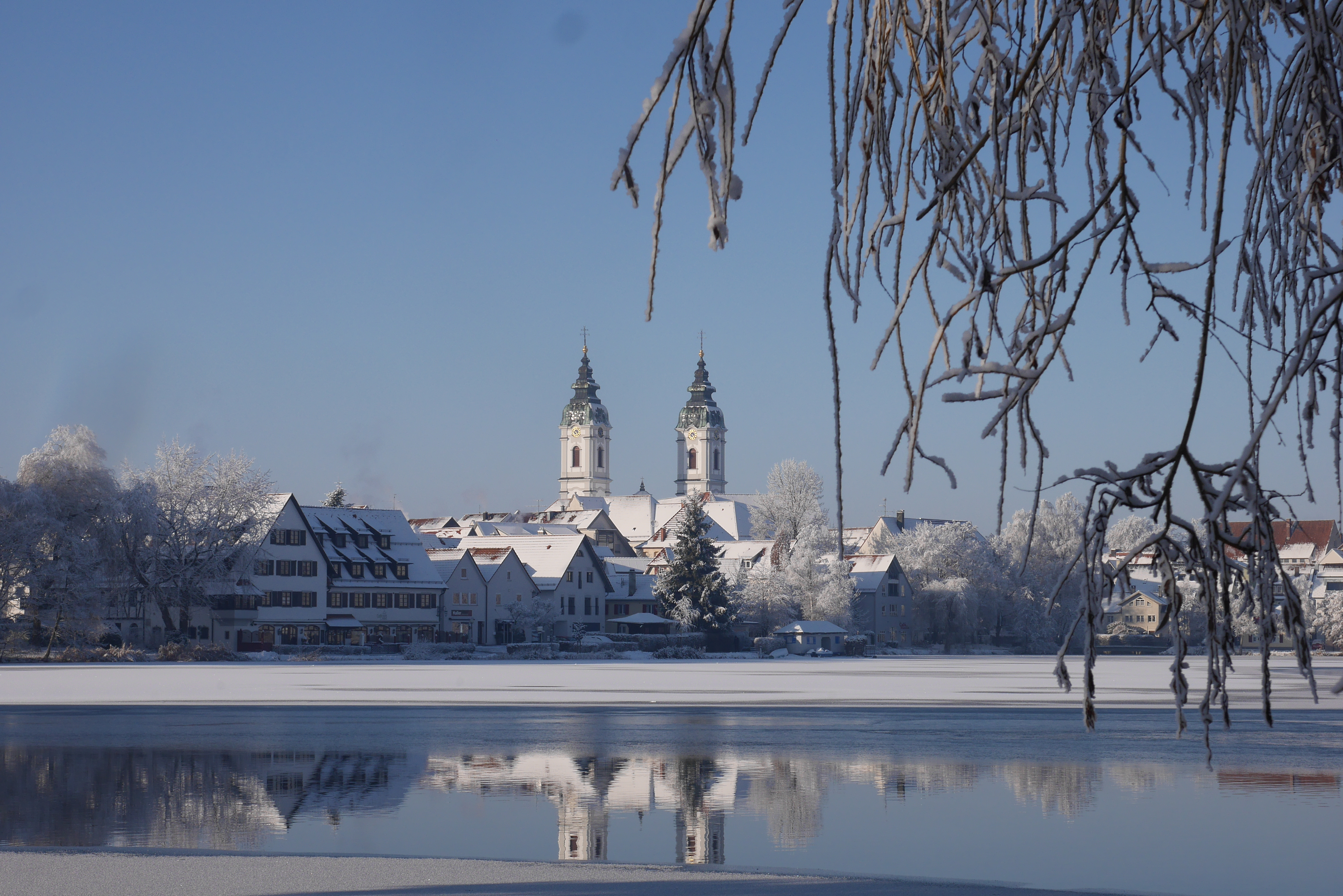 Stadt See Schnee